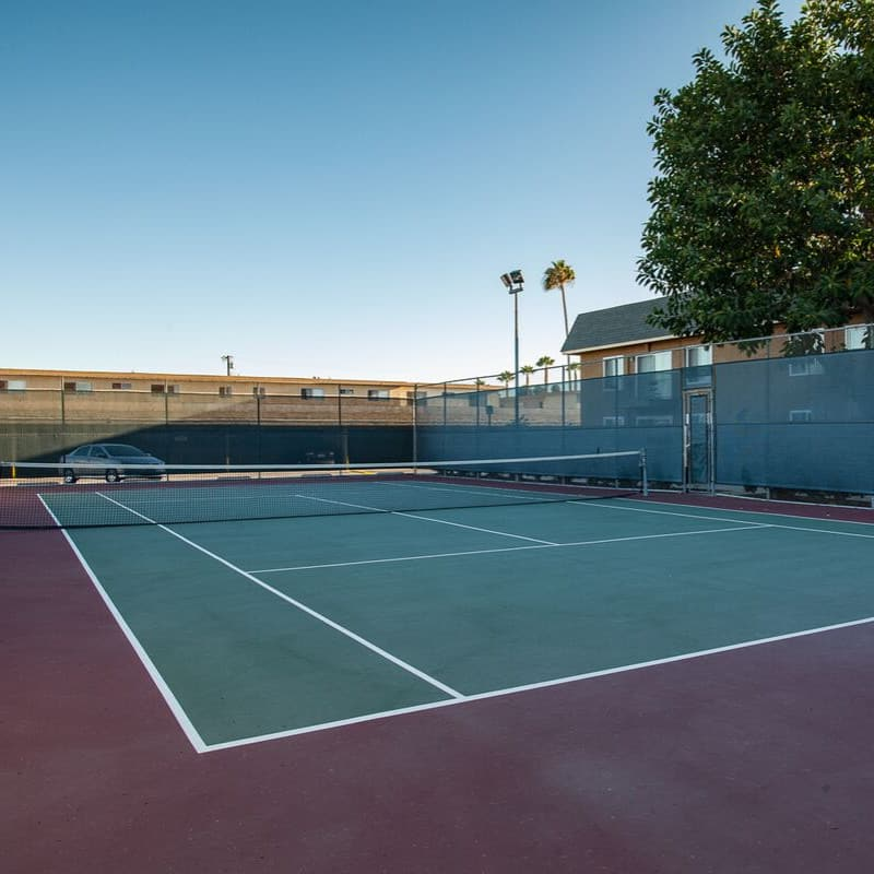 Beachwood Apartments Wide Tennis Court